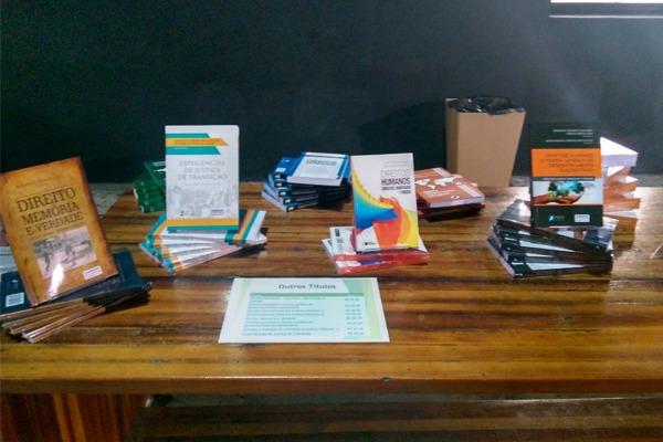 Vladmir Silveira lança livros em São Paulo